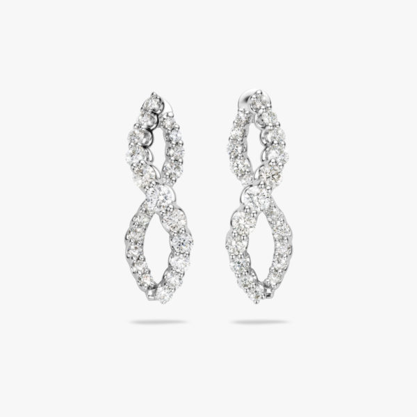 Boucles d'oreilles en or blanc sertie de brillants