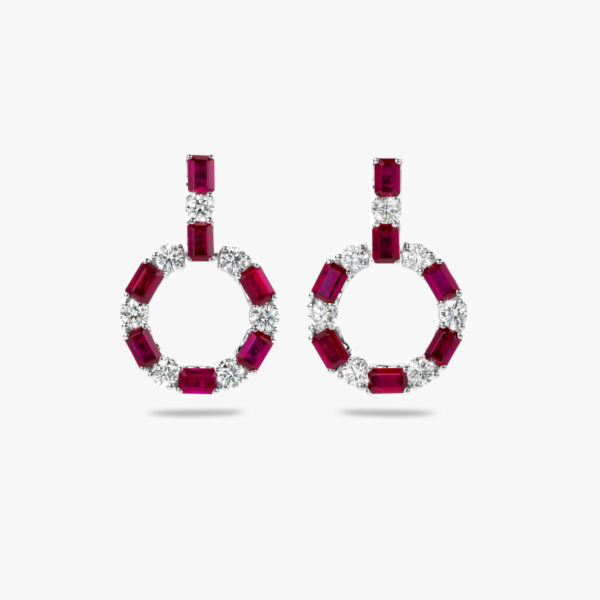 Boucles Oreilles Precious Or Blanc Rubis Taille Emeraude Diamants Brillants Maison De Greef 1848