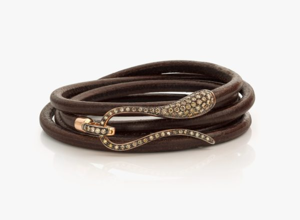 Brown leather bracelet, with rose gold and brown diamond clasp