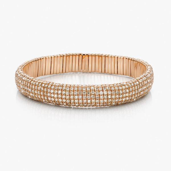 Rose gold bracelet set with brilliant cut diamonds