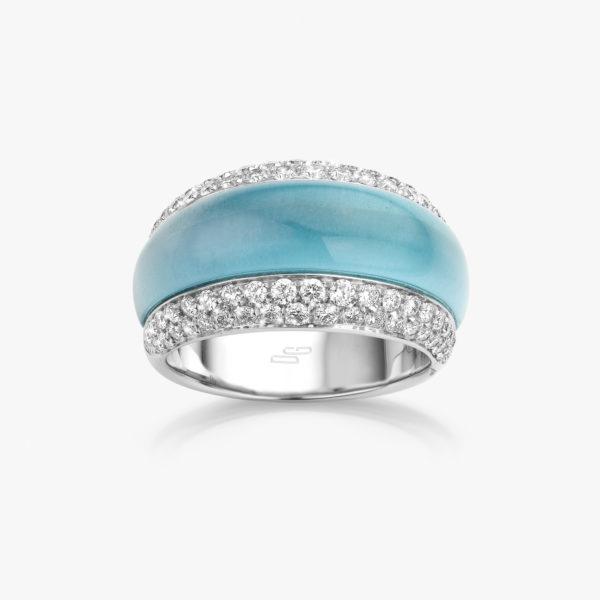 Witgouden ring gezet met een licht blauwe topaas en briljanten