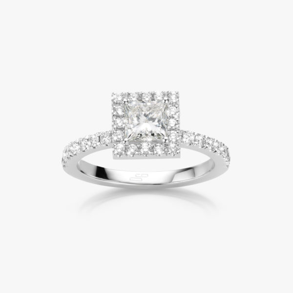 White gold ring ((Entourage)) set with princess shaped diamond and brilliants