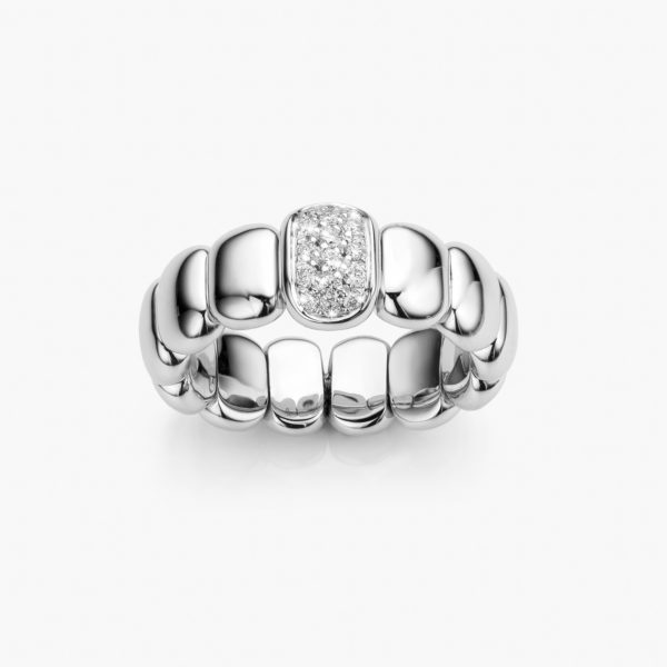 White gold ring set with brilliants