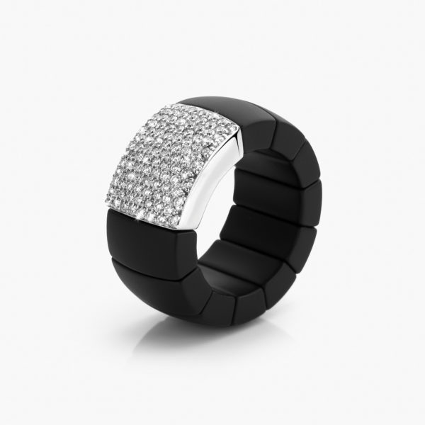 Black ceramic and white gold ring en wit goud set with brilliant cut diamonds