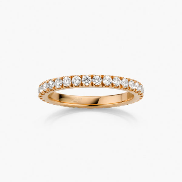 Rose gold ring  set with brilliant cut diamonds