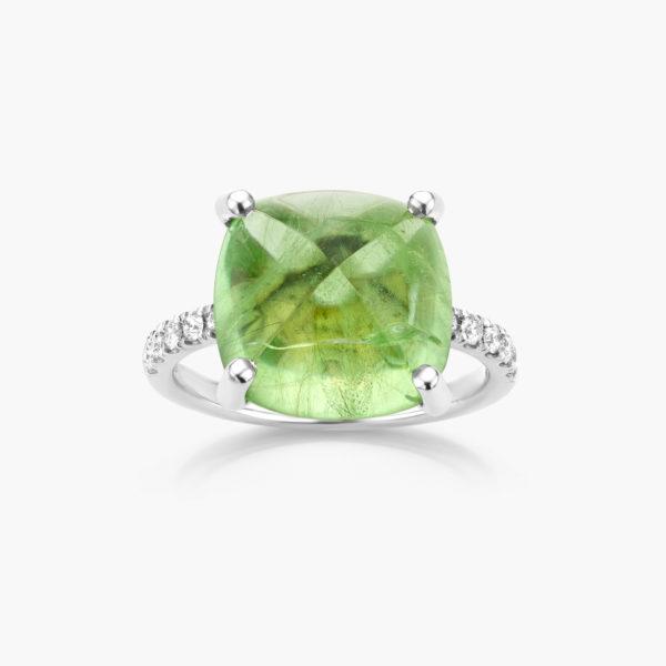 Witgouden ring gezet met een groene peridot en briljanten