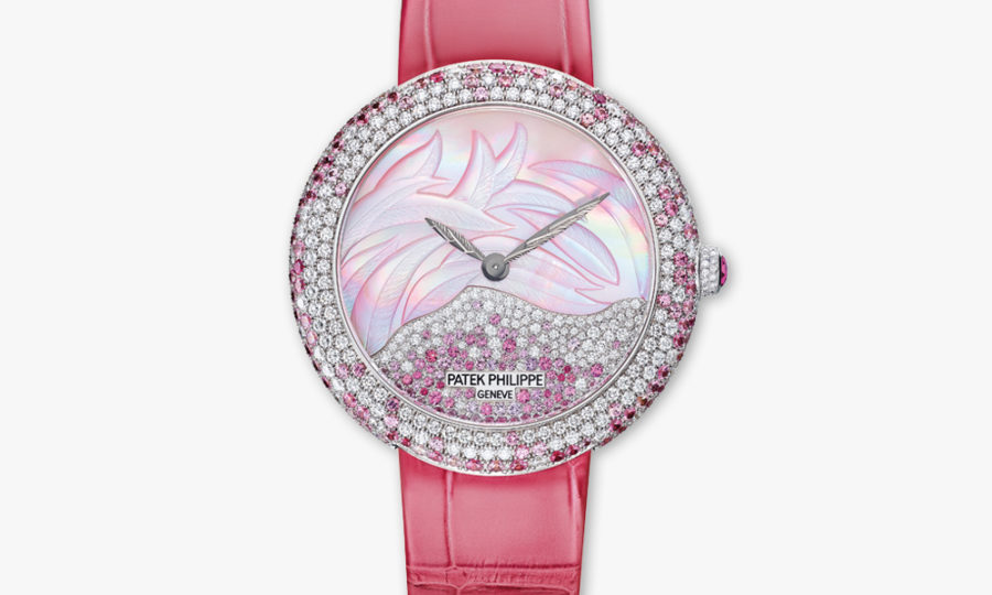 Montre Patek Philippe Calatrava Ladies Haute Joaillerie 4899 900 G 001 Or Blanc Diamants Saphires Roses Nacre Maison De Greef 1848